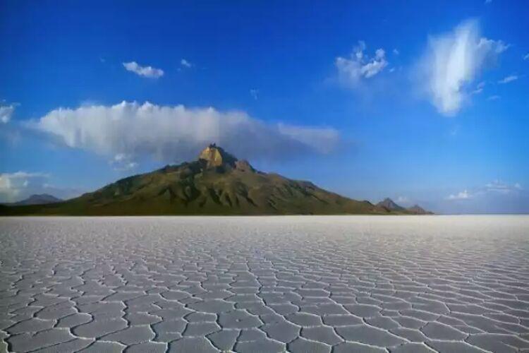 آتشفشان تونیوپا و طبیعت فریبنده بولیوی