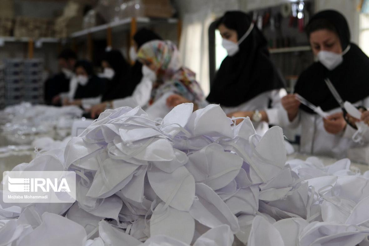 خبرنگاران تامین 17 هزار ماسک برای تامین احتیاج کادر درمان استان مرکزی