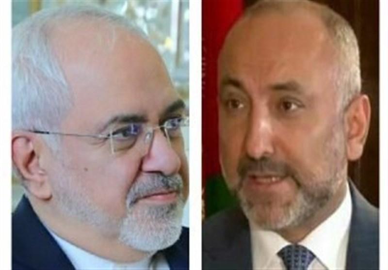 گفتگوی ظریف با سرپرست وزارت خارجه افغانستان و تأکید بر گسترش همکاری های دوجانبه
