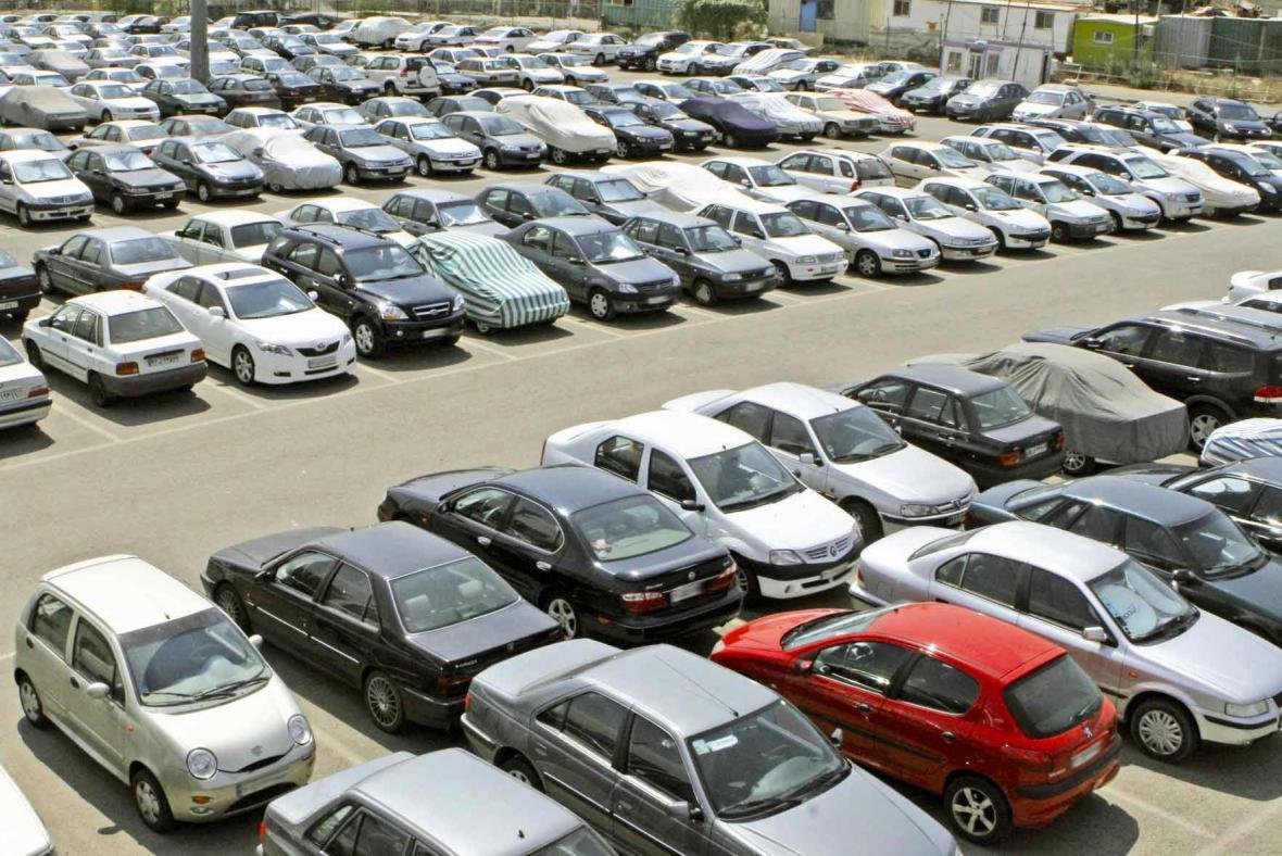 بازار آشفته خودرو در میان دعوای شورای رقابت و ستاد تنظیم بازار