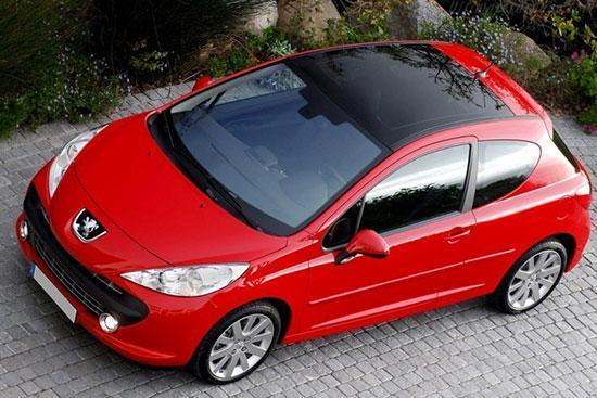 پژو 207 پانوراما؛ خودروی سقف شیشه ای چقدر قیمت می خورد؟