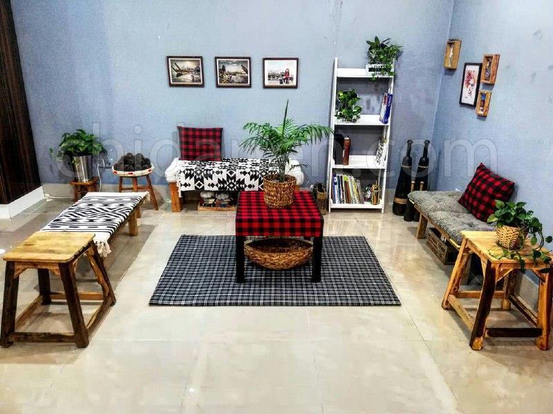 دکوراسیون ساده و گرم خانه فاطمه و محسن در آبادان