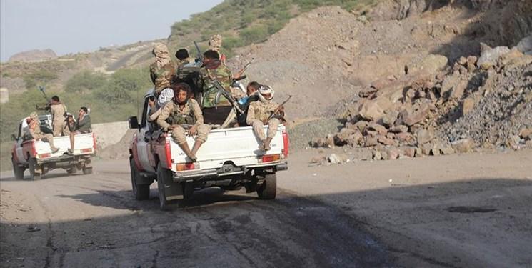 نیروهای هادی یک اردوگاه شورای انتقالی جنوب در أبین را به کنترل خود درآوردند