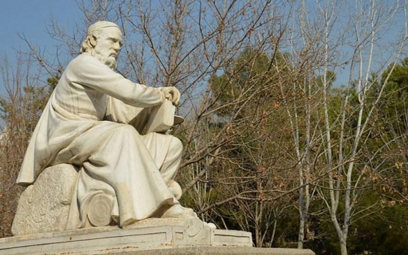 دانشمند ایرانی که گوگل را به احترام وادار کرد، خیام و محبوبیتی به پهنای دنیا