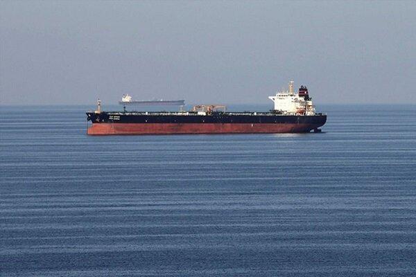 تهدید تانکرهای ایرانی توسط آمریکا نقض آزادی تجارت و دریانوردی است