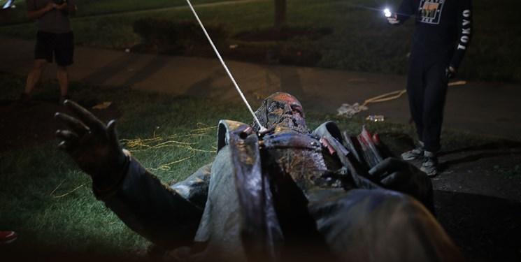 ترامپ باز هم از مجسمه های نماد برده داری دفاع کرد