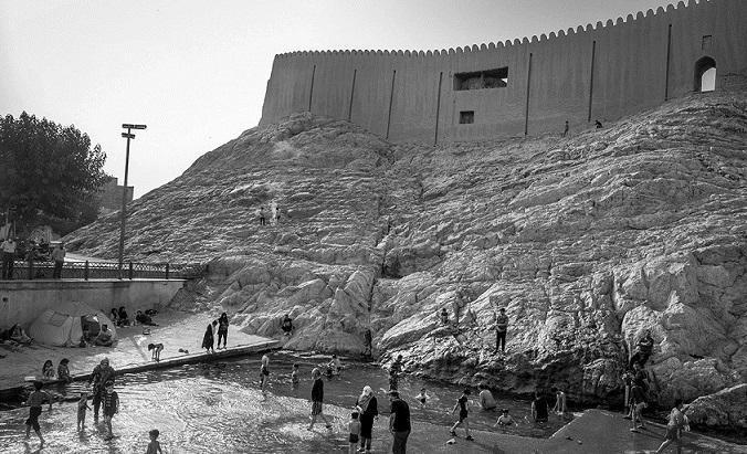 کرونا شنا را در چشمه علی متوقف نکرد!، پاسخ تأمل برانگیز میراث فرهنگی شهرری