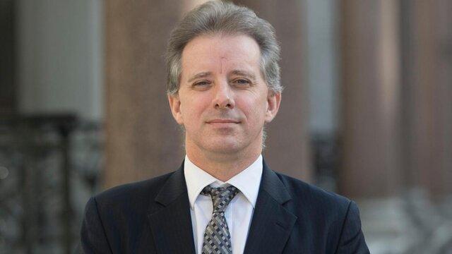 ترامپ خواهان زندانی شدن نویسنده پرونده استیل