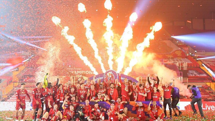 تصاویر ، جشنواره گل لیورپول در شب اهدای جام قهرمانی