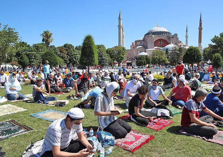 تصاویر ، نخستین نماز جمعه مسجد ایاصوفیه پس از 86 سال