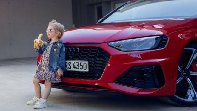 اعتراض به آگهی آئودی در رسانه های اجتماعی، خودروساز آلمانی معذرت خواست