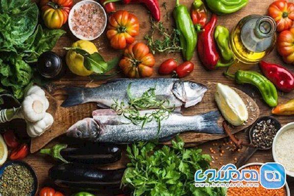 ماهی را با خرما و عسل مصرف کنید