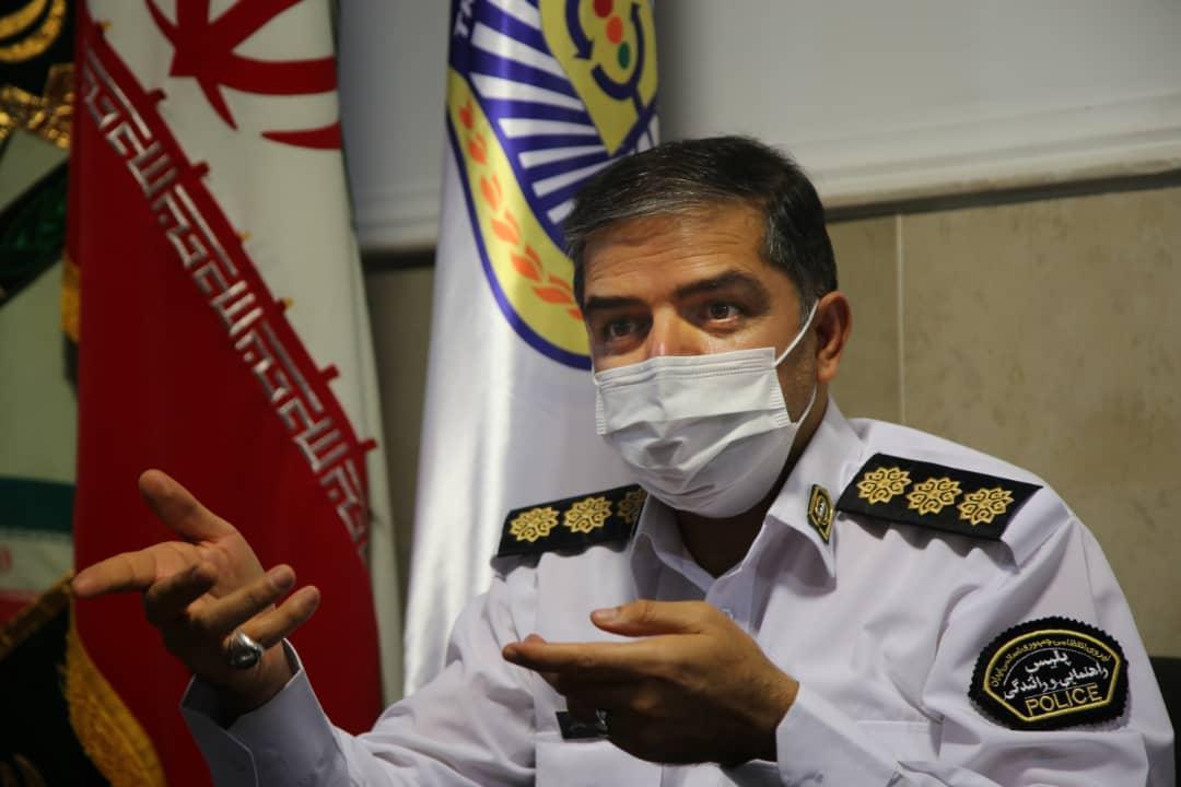 هشدار کرونایی پلیس راهور ، بیرون انداختن ماسک از خودرو جریمه دارد