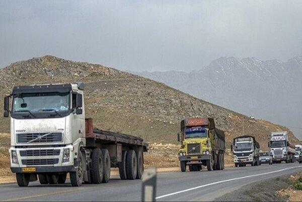 اجرای طرح توقیف ساعتی کامیون های متخلف در منطقه 16 تهران