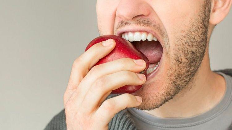 آیا خوردن غذا هایی که احتیاج به جویدن دارد به کاهش وزن یاری می نماید؟