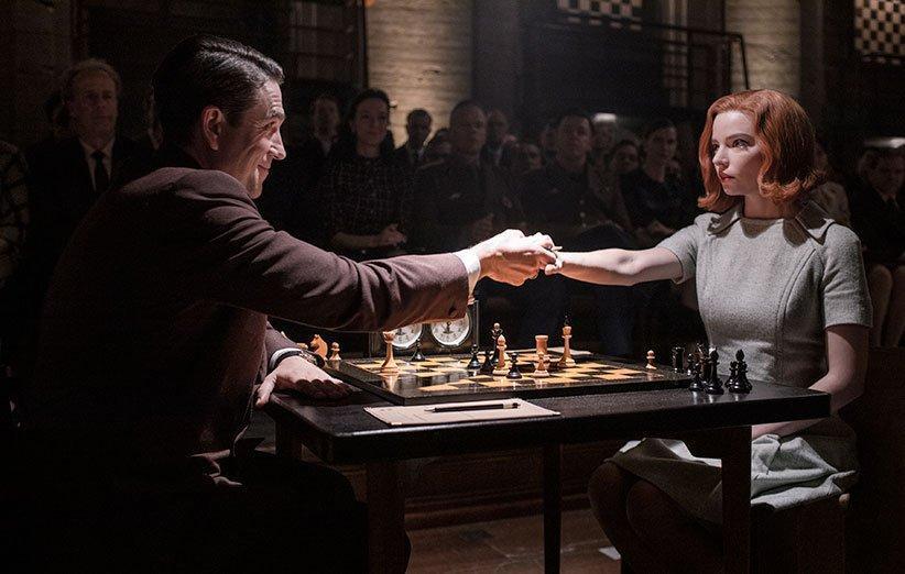 نقد سریال گامبی وزیر (Queens Gambit)؛ سنتوری به سبک رویای آمریکایی