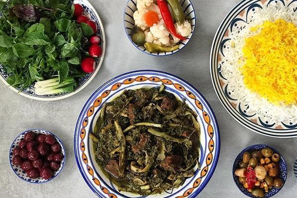 طرز تهیه خورش کنگر در خانه