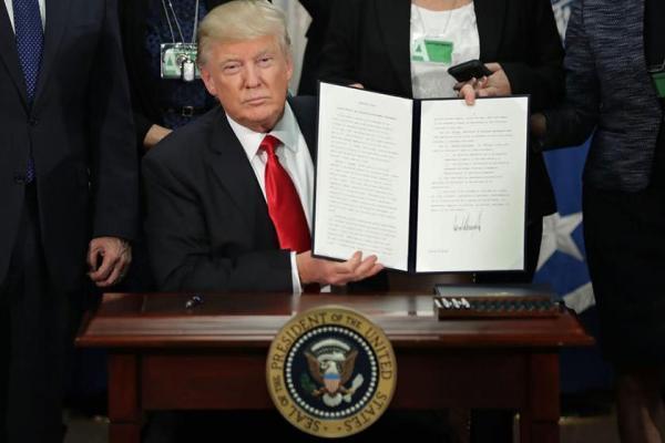 توقف صدور ویزا برای ایران و 6 کشور دیگر از سوی ترامپ