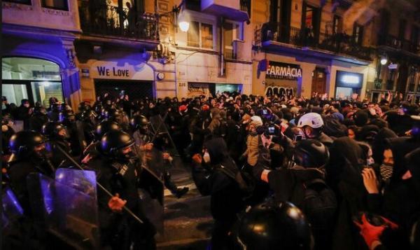 پنجمین شب خشونت ها در اسپانیا در پی حبس یک رپر مخالف