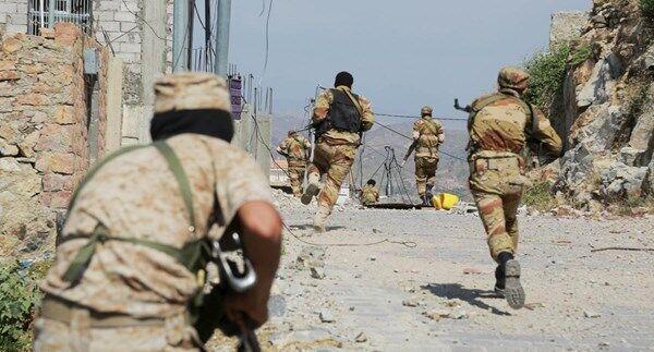 خبرنگاران عملیات گسترده زمینی و دریایی یمنی ها در مرز عربستان