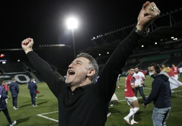 سرمربی تیم قهرمان لیگ فرانسه استعفا داد